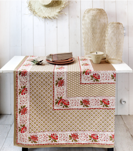 """Baumanière"" rectangular beige tablecloth"