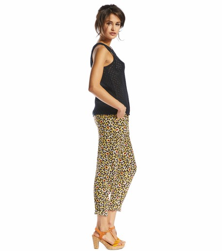 loose fit black trousers